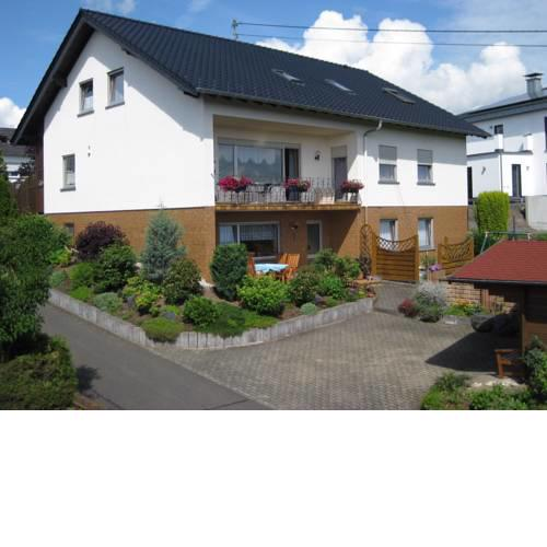 Spacious Apartment in Ulmen with Garden
